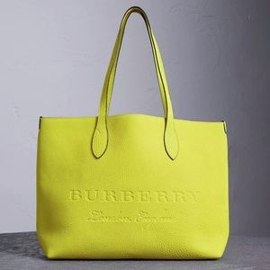 New Burberry Large Remington Logo Leather Tote